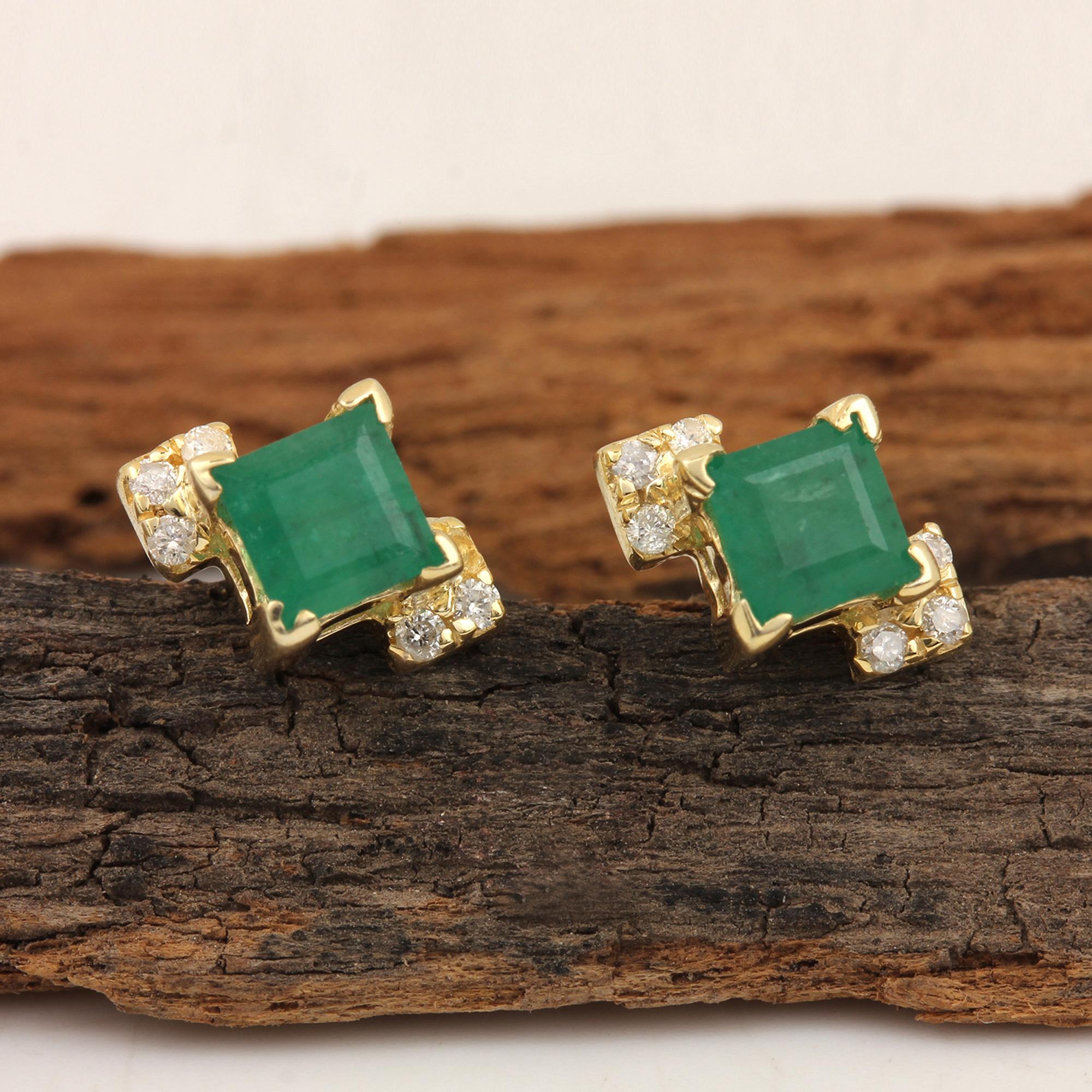 14k Gold Diamond & Emerald Minimalist Stud Earrings