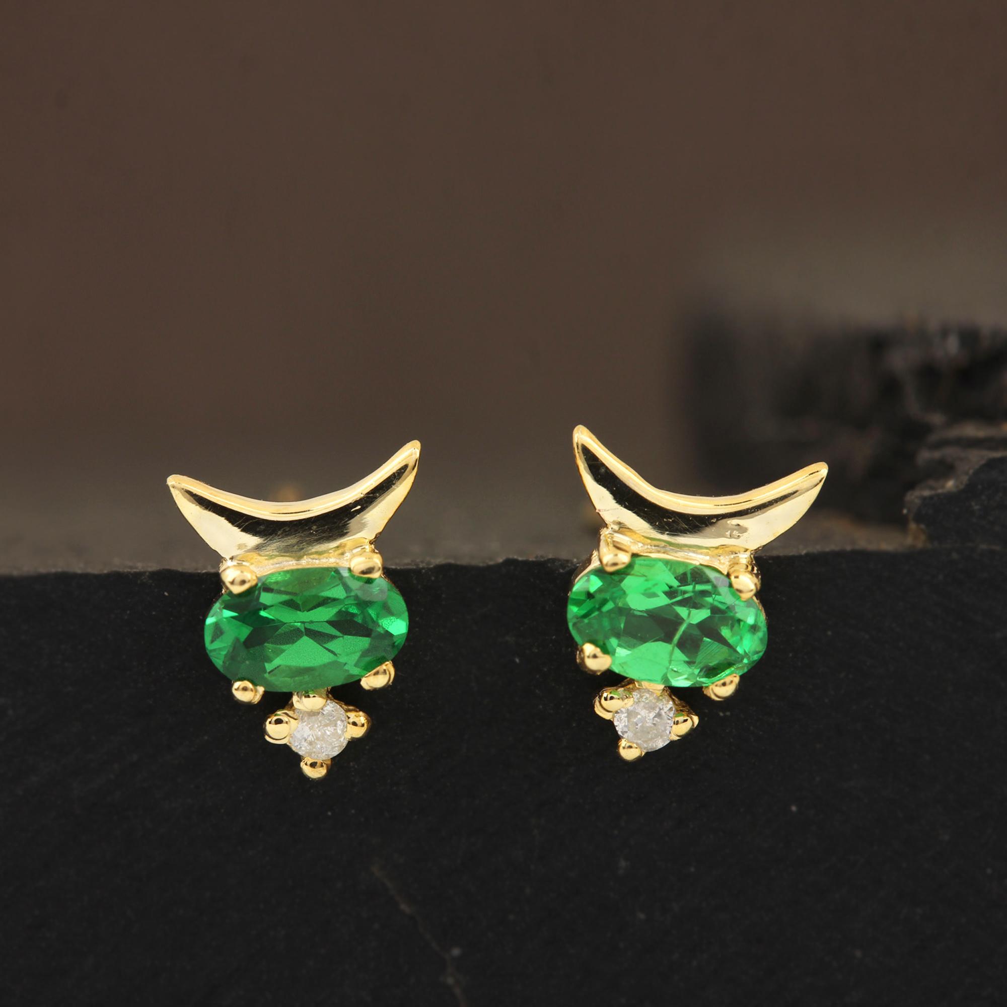 Solid 14k Gold Diamond & Natural Tsavorite Gemstone Stud Earrings