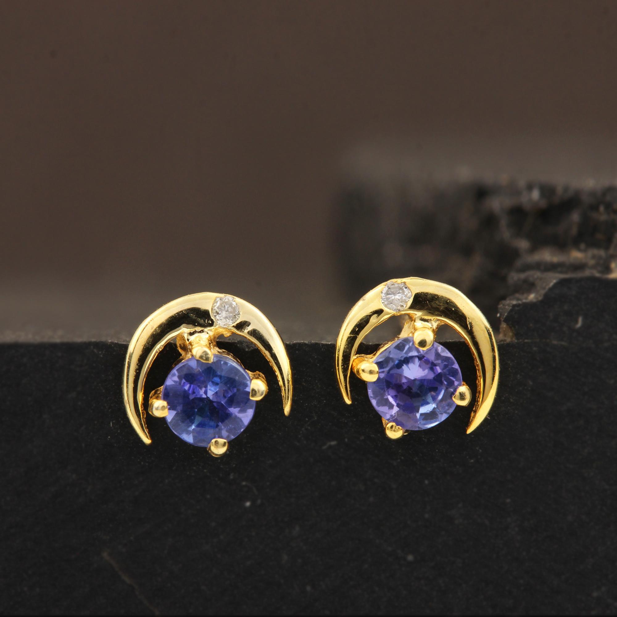 Natural Tanzanite Minimalist Stud Earrings 14k Solid Gold Diamond Jewelry