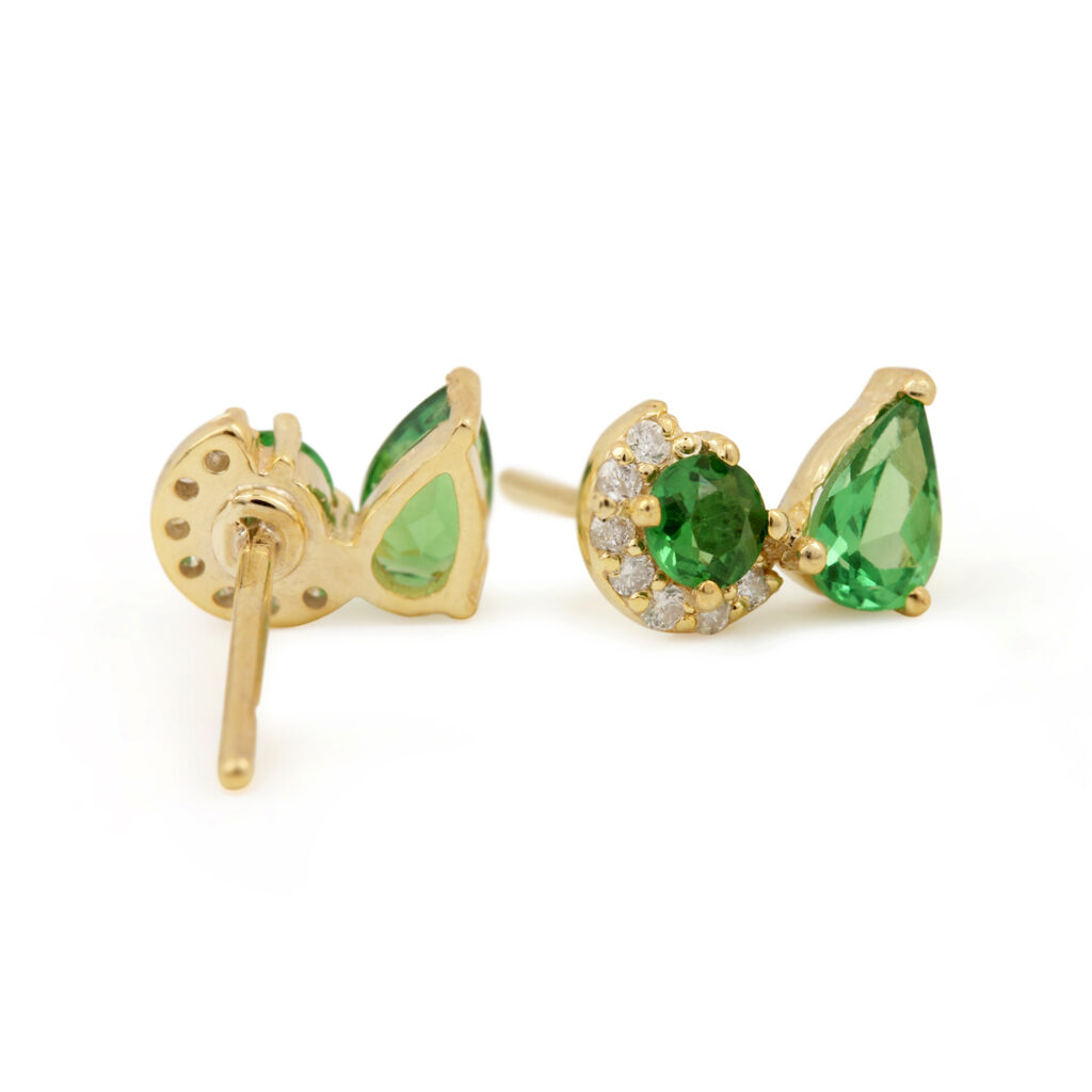 Solid 14k Gold Solitaire Stud Earrings Adorned With Diamond & Natural Tsavorite