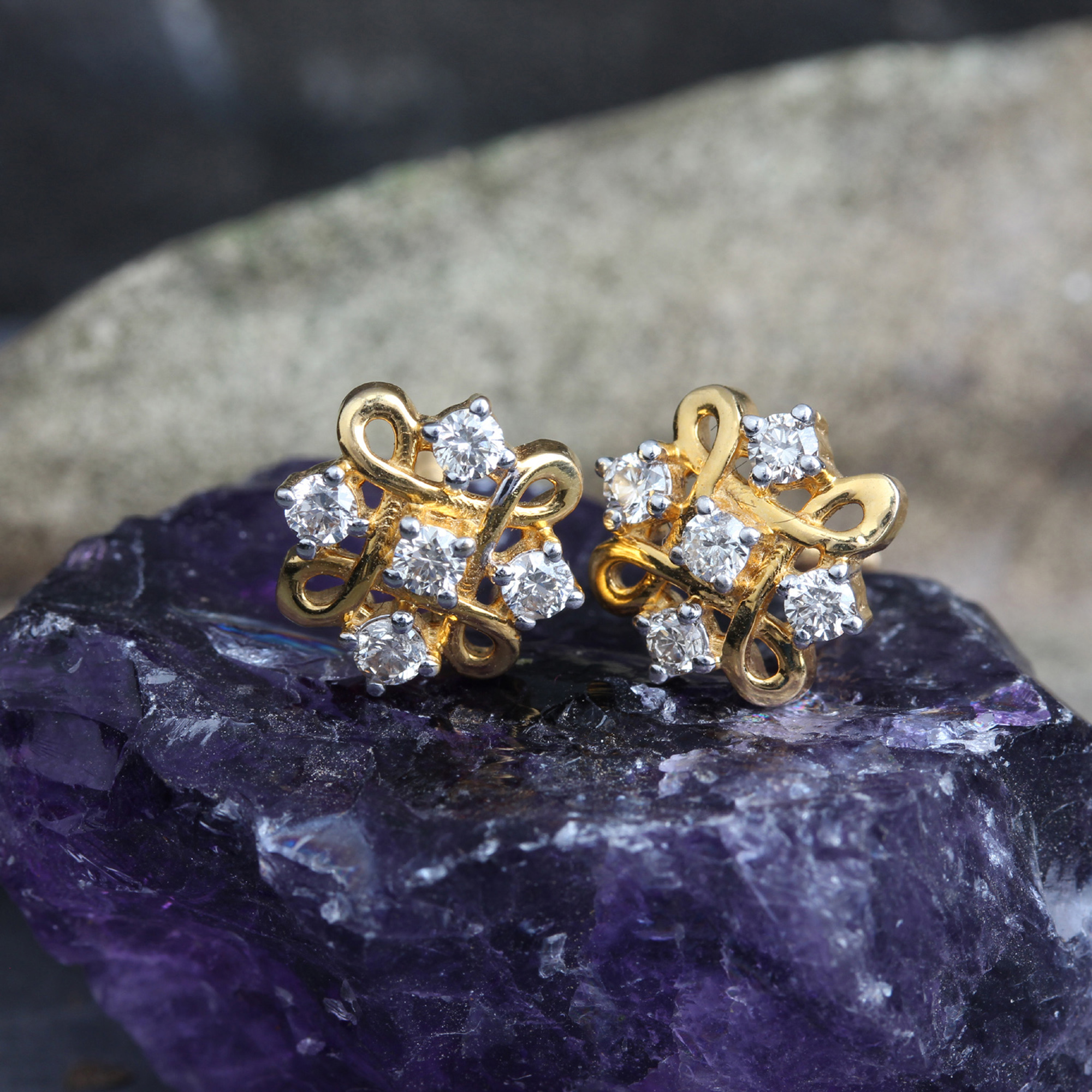 14k Gold Stud Earrings with Diamonds