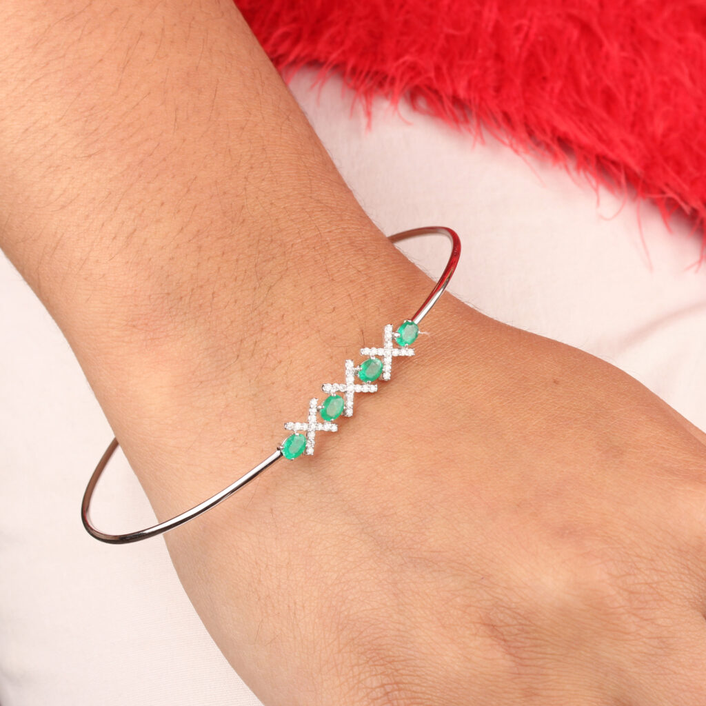 14K Solid Gold Natural Diamond Cuff Bangle Emerald Gemstone Jewelry